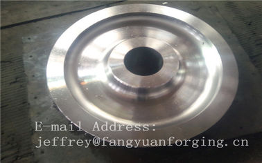 4140 42CrMo4 SCM440 Alloy Steel Rail Forged Wheel Kosong Quenching Dan Tempering Finish Machining Tambang Industri